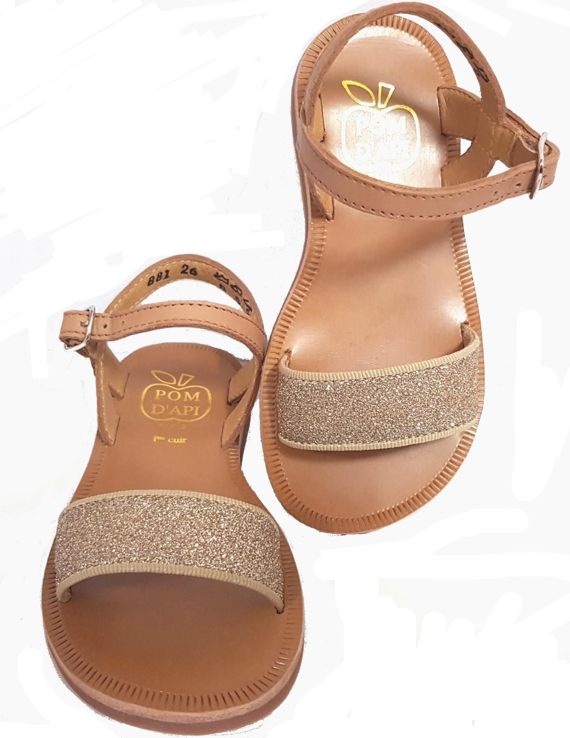 Sandale en cuir camel dotée d'une large sangle glitter or et fermée par 1 bride à boucle, Plagette Bucle Tao by Pom d'Api