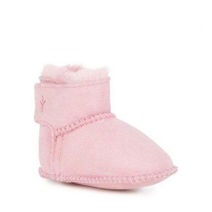 Baby Toddle, botte en peau de mouton fourrée pour nouveaux-nés signé Emu. Un modèle fermé par 1 velcro