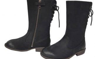 une belle botte en cuir noir de kickers avec 1 zip latéral et des lacets sur la tige arrière , talon de 2 cm, modèle Ryane