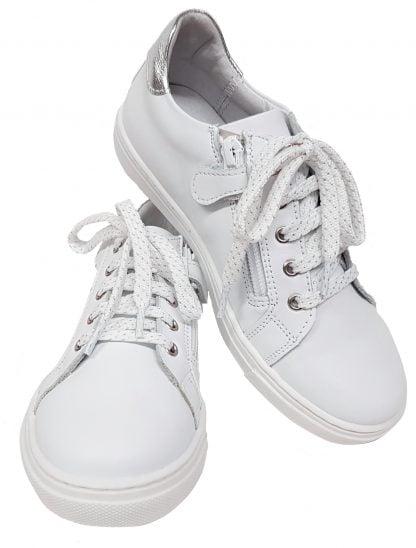 un cuir blanc, une étoile et un col argent pour la basket Ilar de Bellamy à lacets et 1 zip