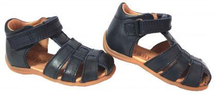 Bisgaard, chaussure enfant 71206, modèle nu-pied fermé pour bébé avec contrefort et velcro
