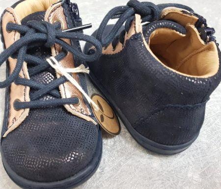 chaussure enfant Bisgaard en cuir marine et cuivre, modèle pour premiers pas à lacets et 1 zip, Silje