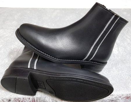 une bottine Bellamy pour enfant en cuir noir dotée d'une bande latérale en cuir velours glitter argent et noir, modèle Soho fermé par 1 zip