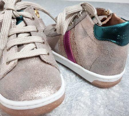 chaussure enfant Shoo Pom, modèle Oops Duck Glitter en cuir velours taupe fermé par 1 lacet et 1 zip