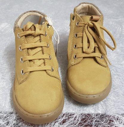 chaussure enfant Play Desert Fur en cuir pin doté d'un col lainé, modèle fermé par 1 lacet et 1 zip