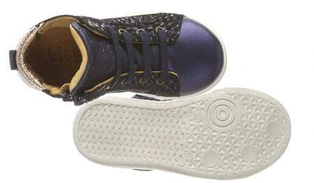 Gaia Swirl, une basket haute pour fille en cuir effet python marine et col matelassé or, modèle Bisgaard à lacets et 1 zip