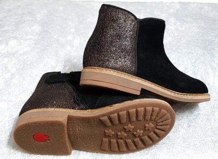 une mixité de cuir velours noir et pailleté pour la bottine enfant Retro Back de Pom d'Api, chaussure fermée par 1 zip
