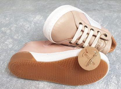Sena, une basket pour fille en cuir rose et taupe doté d'un col matelassé cuir abricot, modèle Bisgaard à lacets et 1 zip