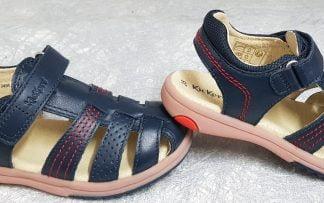 nu-pied fermé Kickers en cuir marine et surpiqûres rouges, col large et matelassé, modèle Platinium fermé par 1 bride à velcro