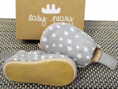 chausson Easy peasy en cuir gris et étoiles blanches, modèle Blublu Nuit doté d'une semelle antidérapante