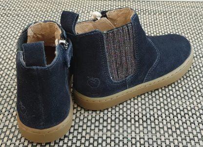 bottine en cuir velours marine dotée d'un élastique glitter multi, chaussure enfant fermé par 1 zip, modèle Play Shine signé Shoo Pom