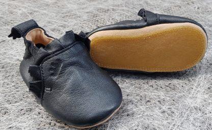 chausson pré-marche en cuir marine nacré doté d'une semelle antidérapante, modèle Easy Peasy