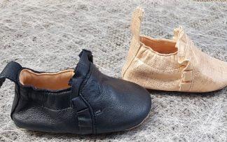 chausson pré-marche en cuir marine ou blanc/platine, avec semelle antidérapante, modèle Easy Peasy