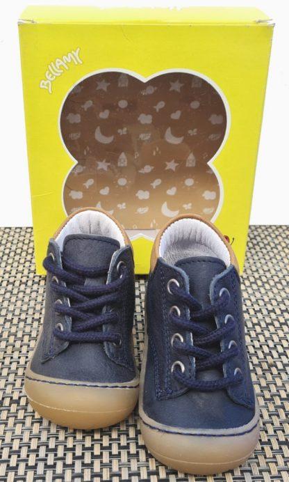 chaussure pré-marche Zebre en cuir marinel avec semelle extra souple. Un modèle pour bébé garçon à lacets