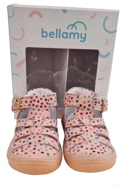 chaussure pré marche en cuir rose imprimé de boules multicolores. Un modèle pour bébé fille à bout protégé et fermé par 1 bride à boucle