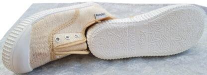 une toile beige et filaments or pour la basquet toile Victoria avec élastique sur le pied