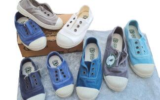 différents coloris pour la chaussure toile enfant signée Natural Word. Modèle 470E avec élastique sur le pied et semelle intérieure amovible