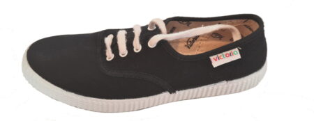pour les juniors, une toile noire pour la chaussure à lacet Inglese de Victoria