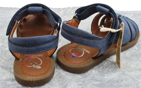 un nu-pied fermé pour garçon, Solar Tonton de Shoo Pom en vegan water résistant couleur jeans et fermé par 1 velcro