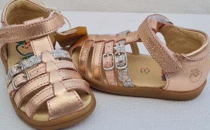 Pika Spart, nu-pied fermé premiers pas Shoo Pom en cuir métal cuivre avec 2 lanières à boucles et fermé par 1 bride à velcro